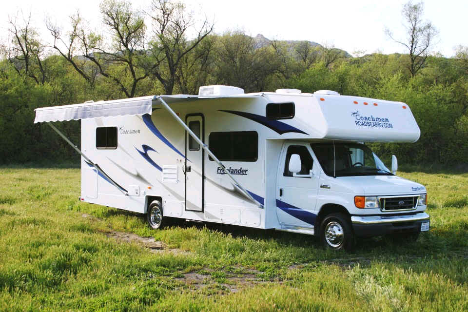 Wohnmobil Los Angeles Road Bear Wohnmobil Motorhome Rv Rentals Camper Flug Und Wohnmobil
